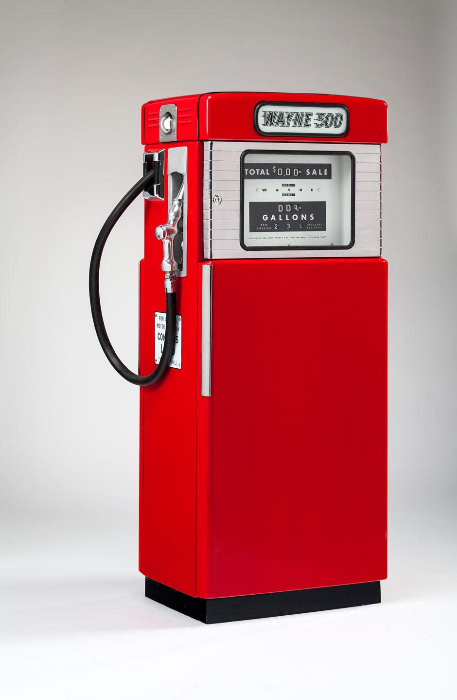 Peter Muller-Munk's Wayne 500 series gasoline pump, 1950