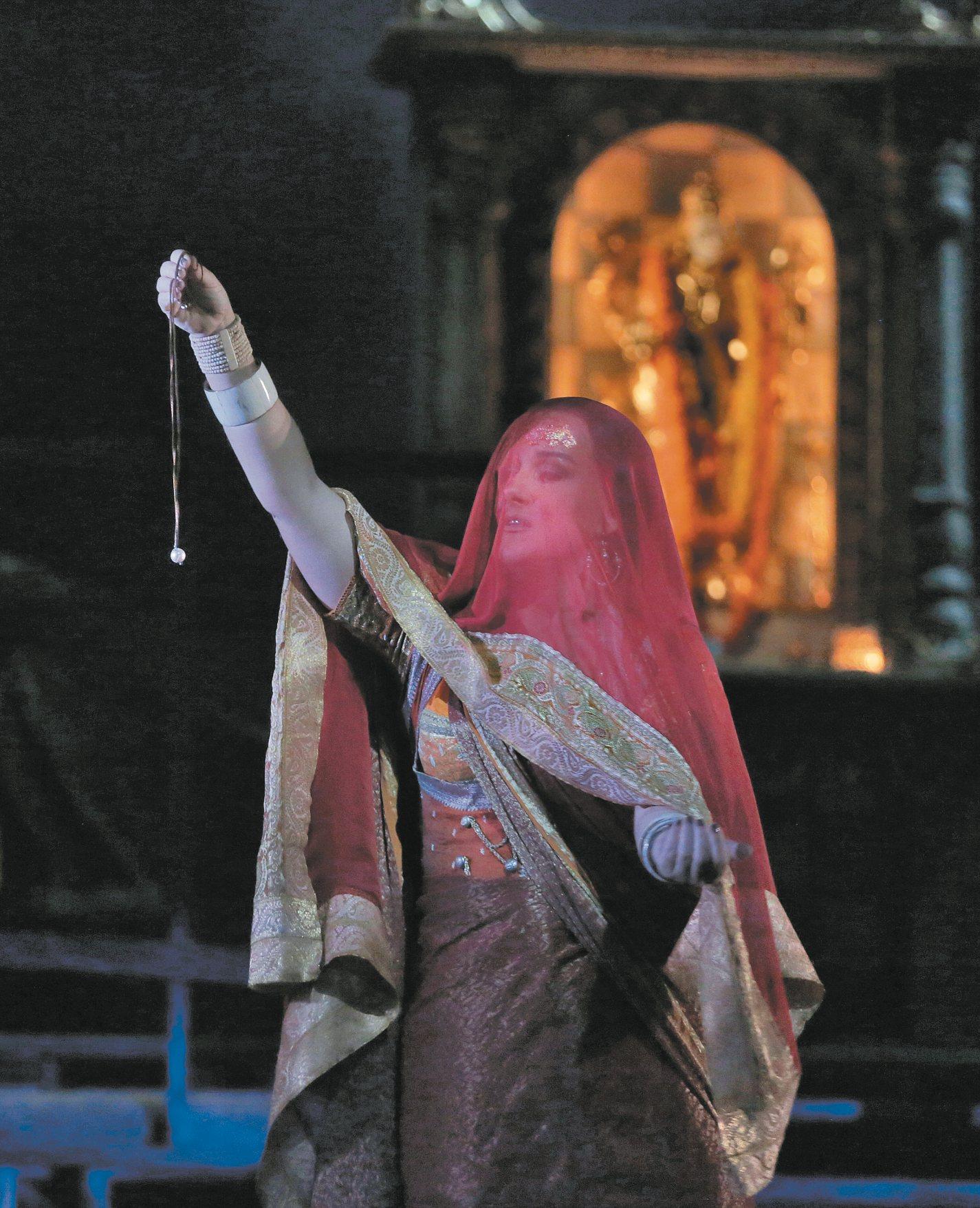 Diana Damrau as Leila in Georges Bizet's opera Les Pêcheurs de Perles