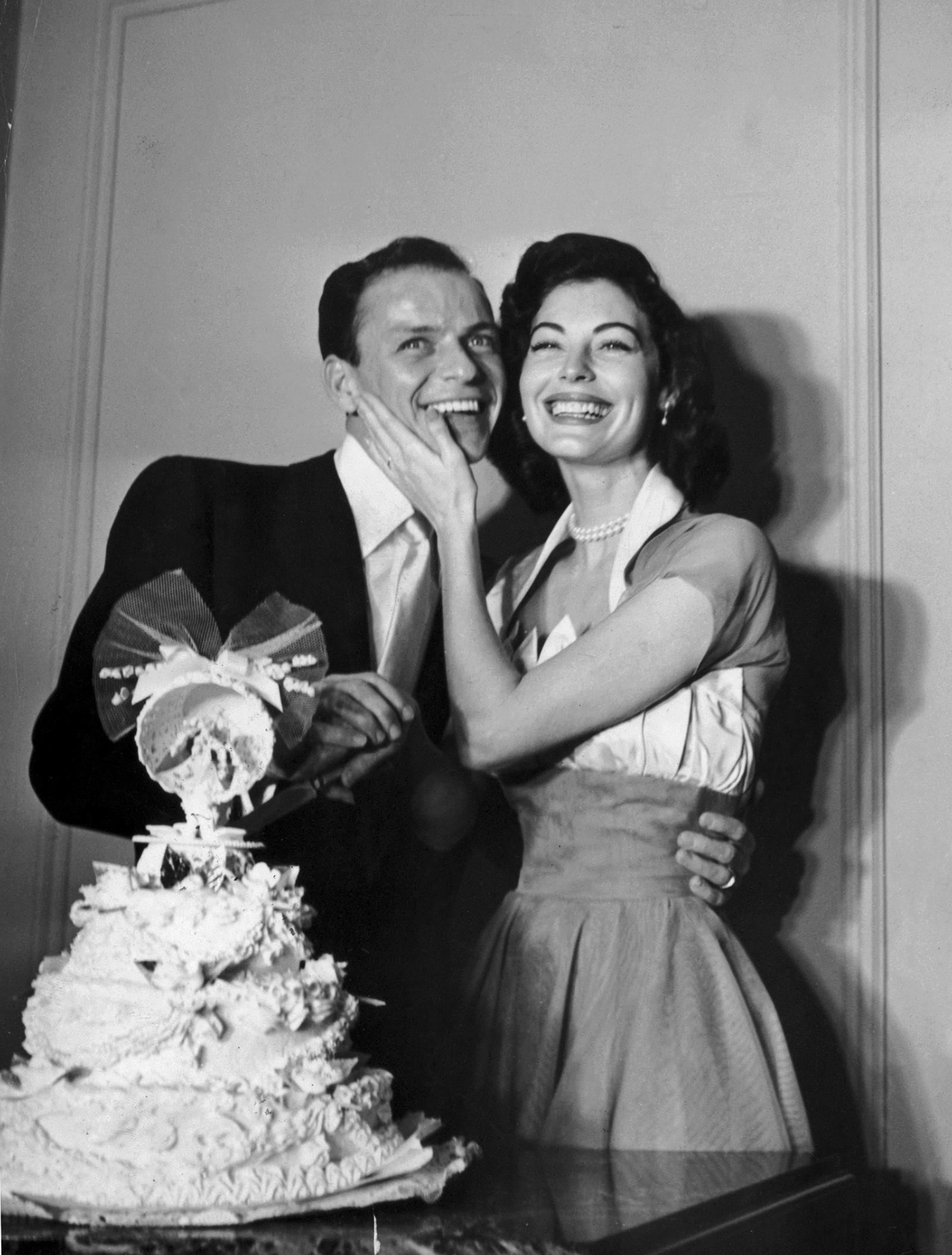 Frank Sinatra and Ava Gardner on their wedding day, Philadelphia, November 7, 1951