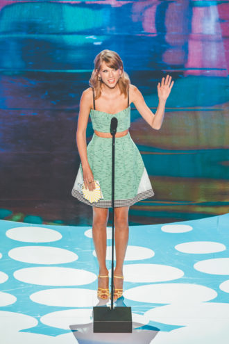 Taylor Swift at the Teen Choice Awards, August 2014
