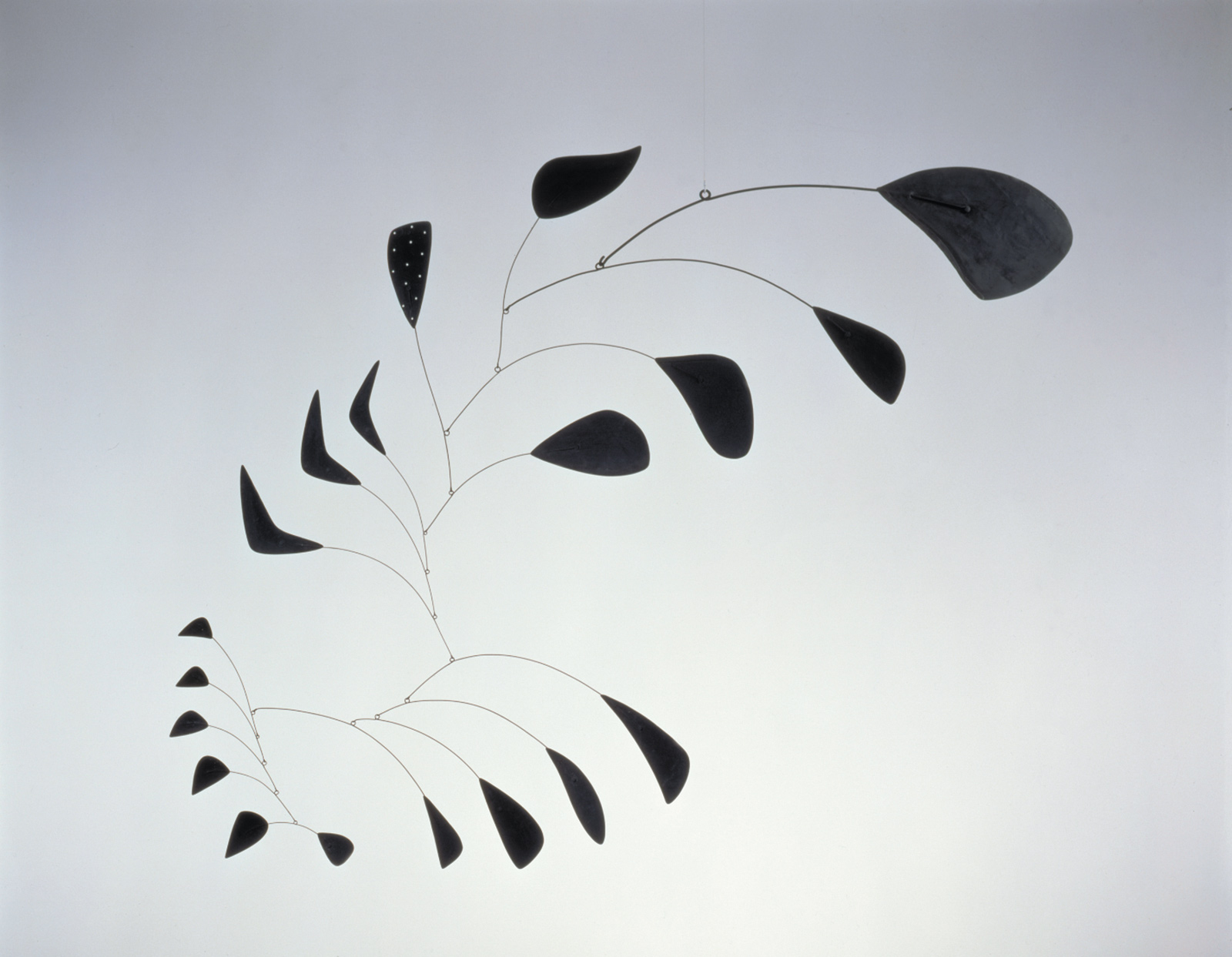 Alexander Calder: Vertical Foliage, sheet metal, wire, and paint, 53 1/2 x 66 inches, 1941