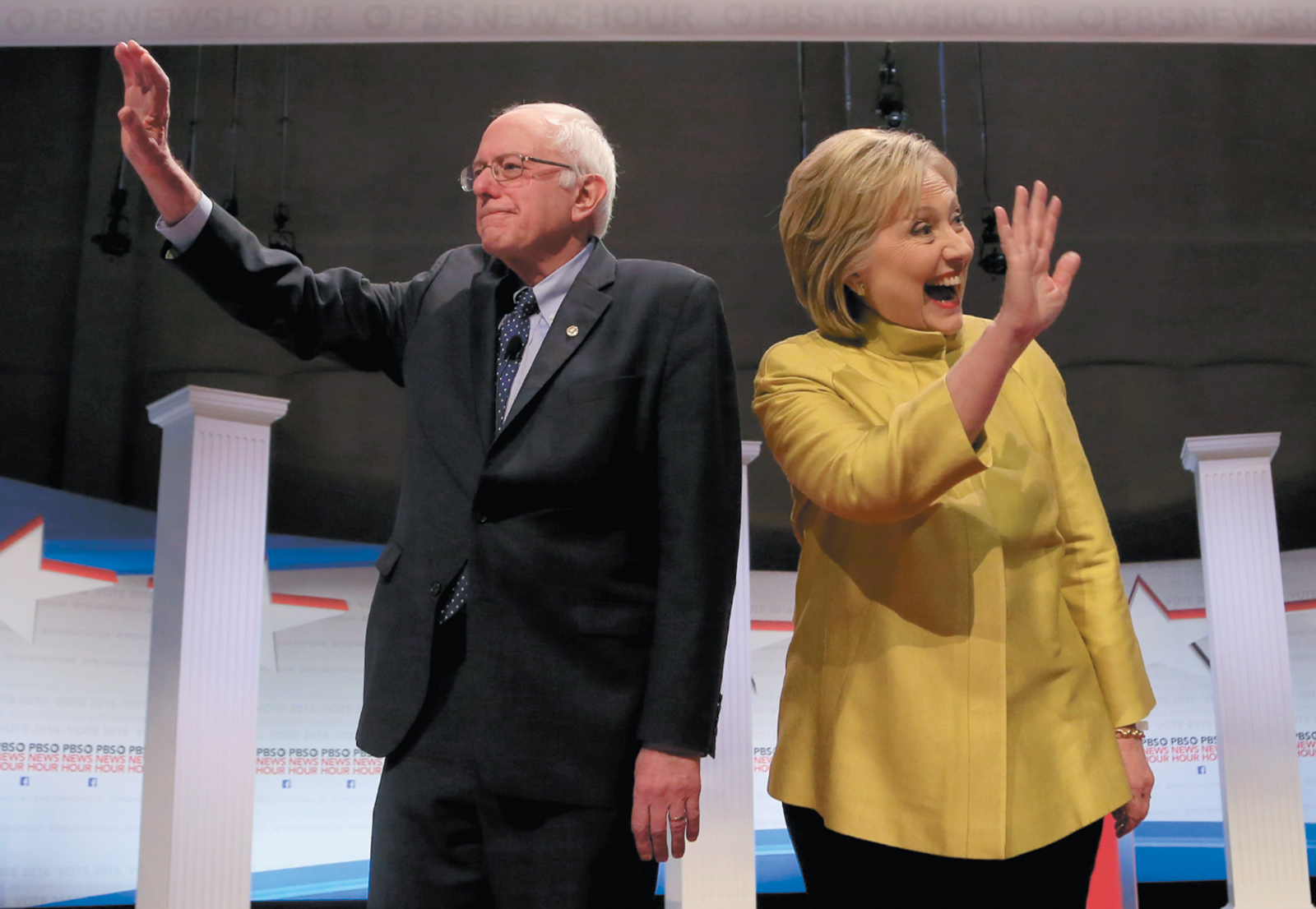 Bernie Sanders and Hillary Clinton at the Democratic presidential debate in Milwaukee, Wisconsin, February 2016