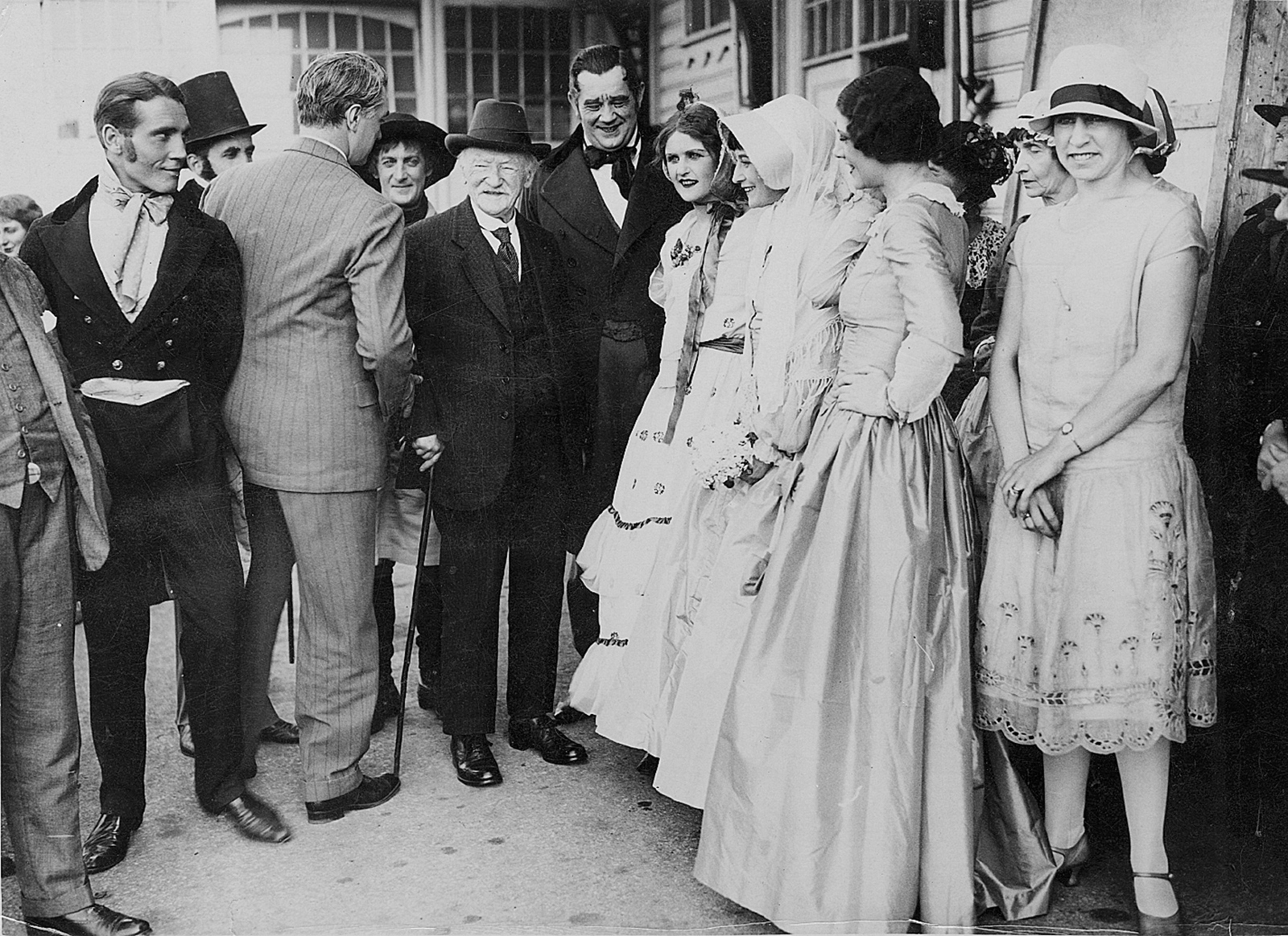Thomas Hardy with members of the Barnes Theatre Company's production of The Mayor of Casterbridge, Weymouth, Dorset, 1926