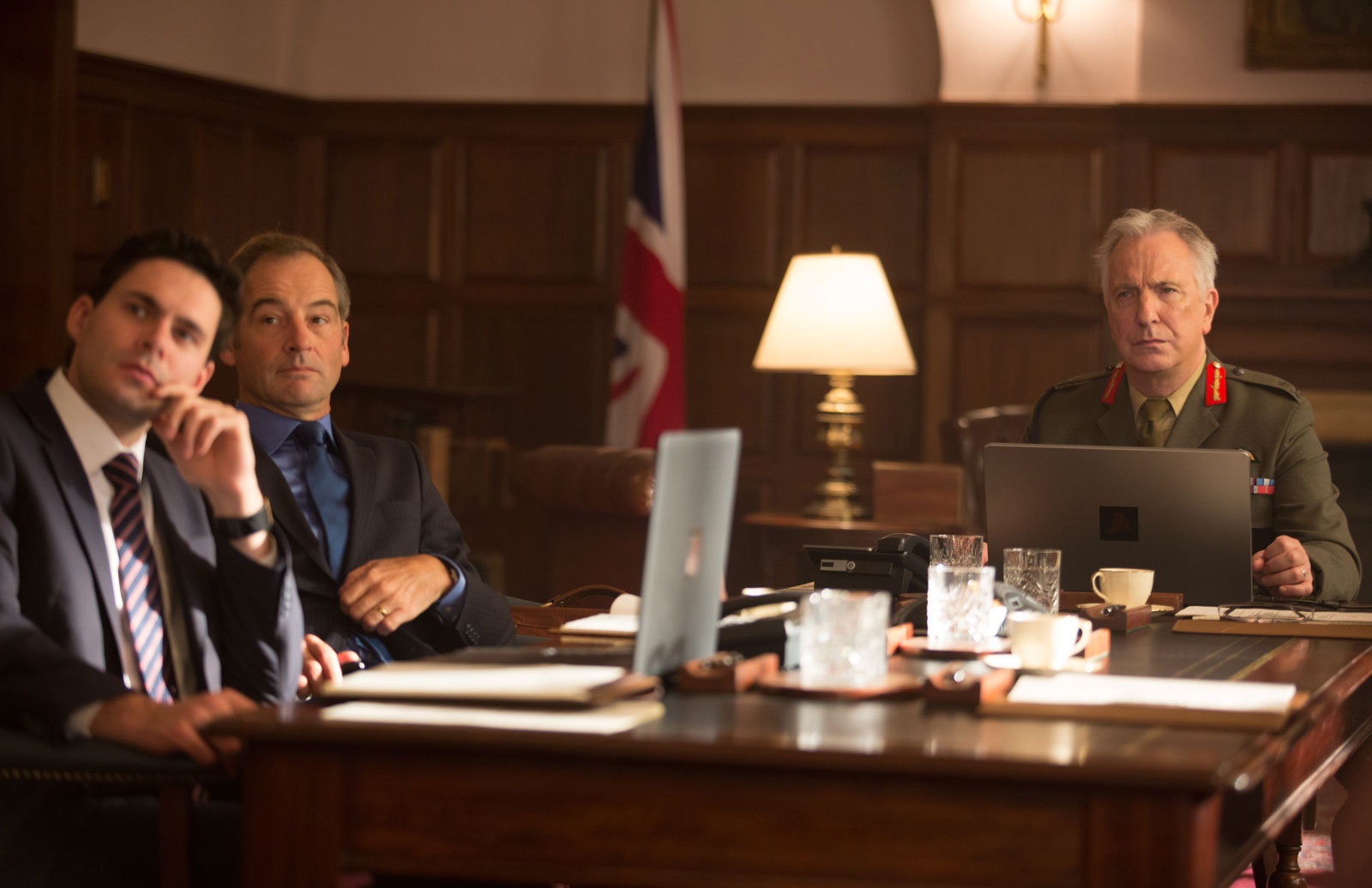 Francis Chouler as Jack Cleary, Jeremy Northam as Brian Woodale and Alan Rickman as Lieutenant General Frank Benson in Hood's Eye in the Sky, 2016