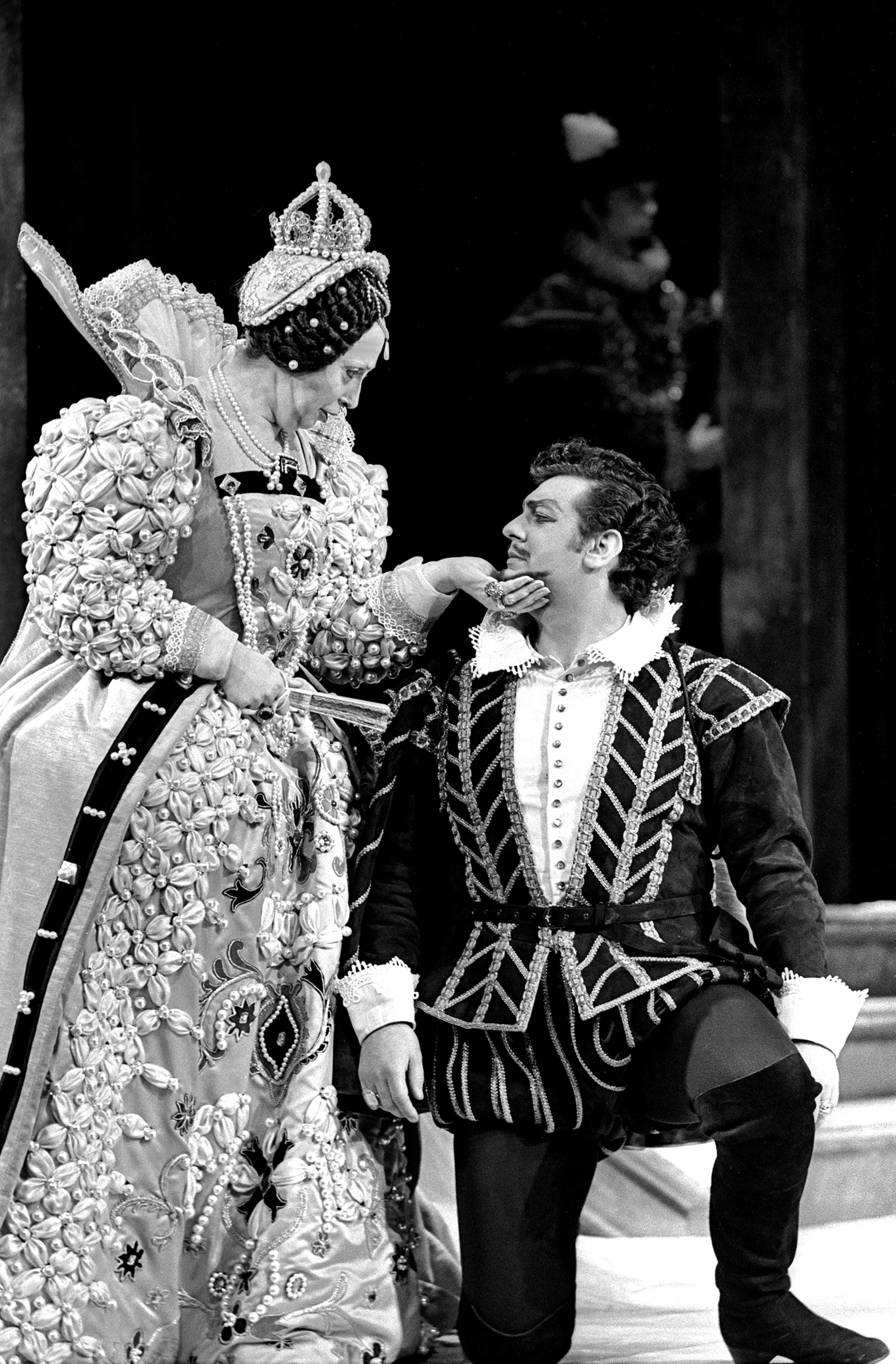 Beverly Sills and Plácido Domingo in a performance of Roberto Devereux at New York City Opera, 1970. Sills wrote in her autobiography that they played their characters 'much the same way Bette Davis and Errol Flynn portrayed them in Elizabeth and Essex.'