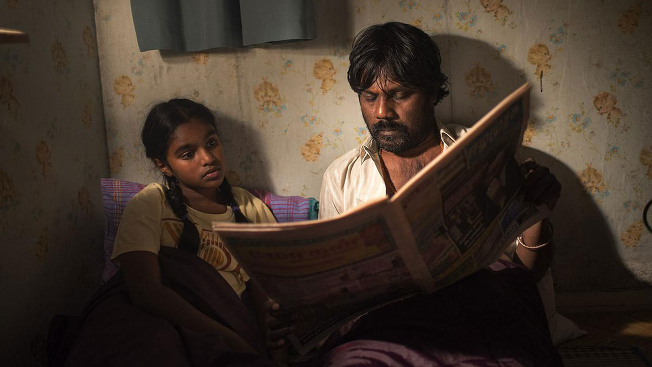 Claudine Vinasithamby as Illayaal and Jesuthasan Antonythasan as Dheepan in <em>Dheepan</em>, 2015