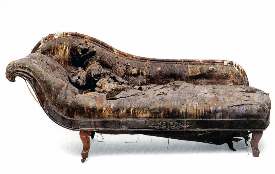 Bruce Conner: Couch, 1963