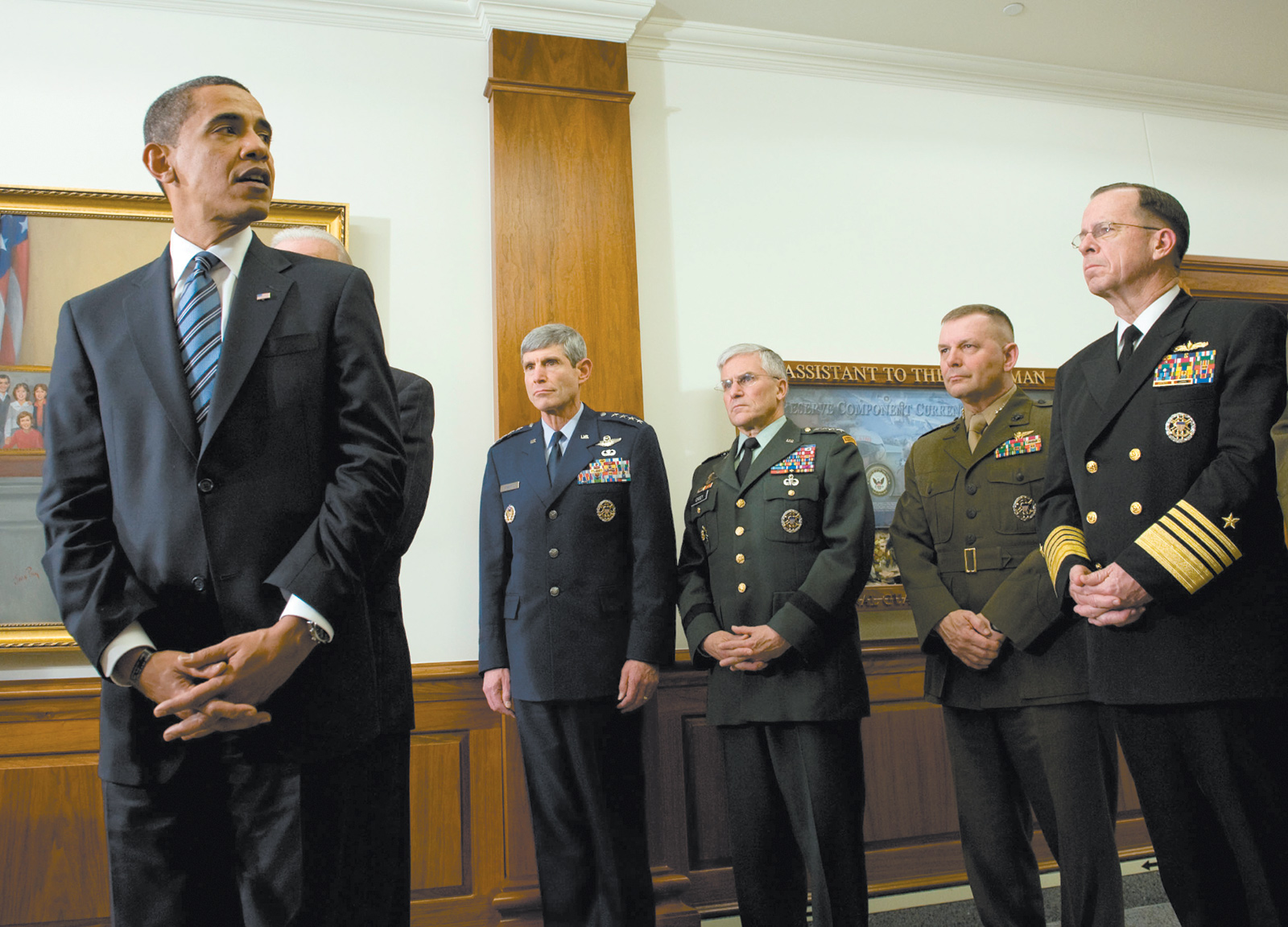 President Obama on his first visit to the Pentagon as commander in chief, January 2009. With him are, from left, Air Force Chief of Staff Norton Schwartz, Army Chief of Staff George Casey, Joint Chiefs of Staff Vice Chairman James Cartwright, and Joint Chiefs of Staff Chairman Mike Mullen.