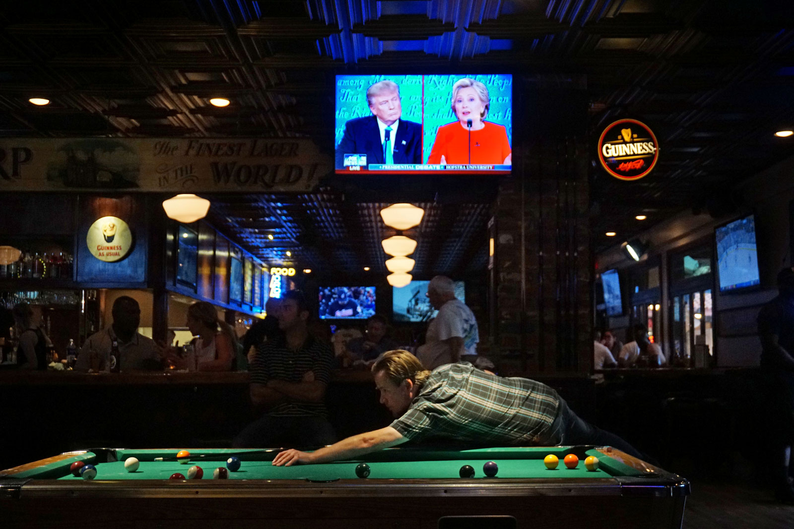 Patrons at McGregor's Bar and Grill during the first presidential debate, San Diego, California, September 26, 2016