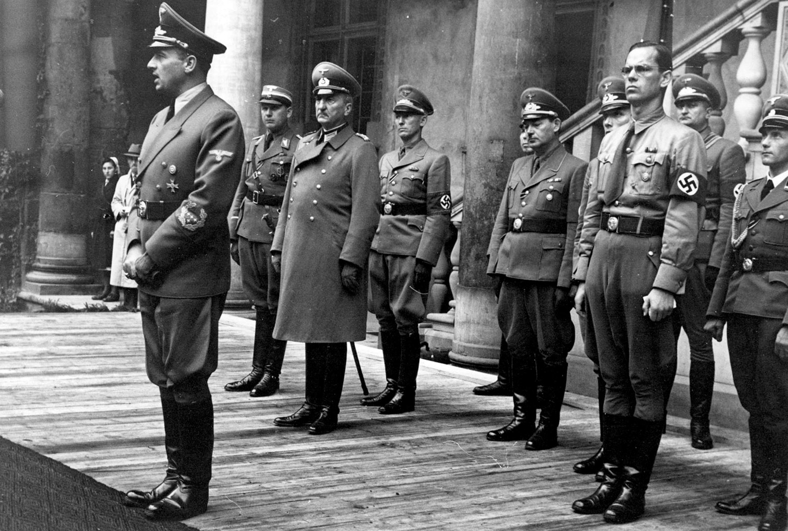 Hans Frank standing in front of a group of German officers that includes Otto von Wächter (fourth from left), Wawel Castle, Kraków, August 1942