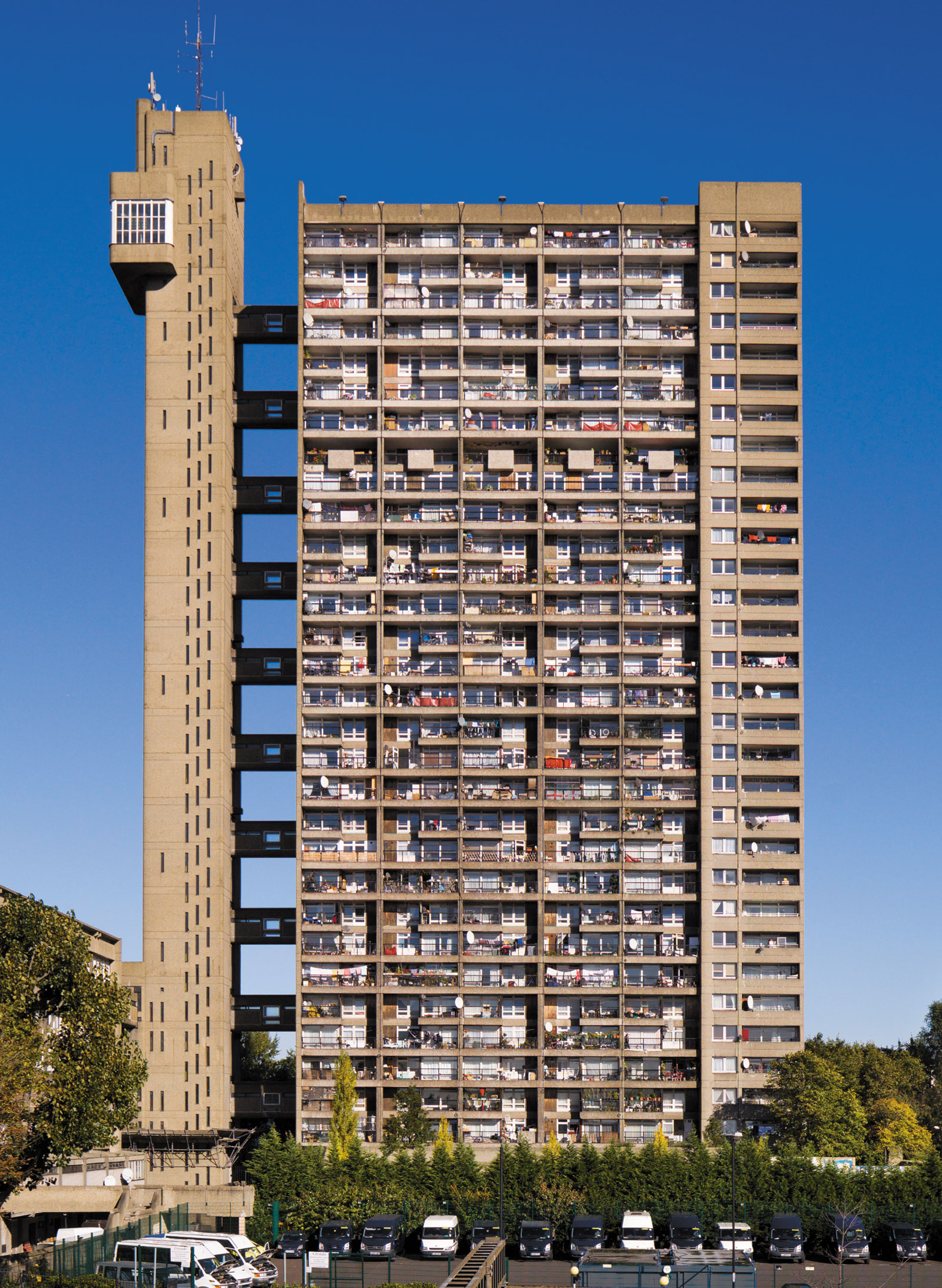 Trellick Tower, a thirty-one-story apartment block in North Kensington, London, designed by Ernő Goldfinger, 1966–1972; from Elain Harwood's Space, Hope, and Brutalism: English Architecture, 1945–1975