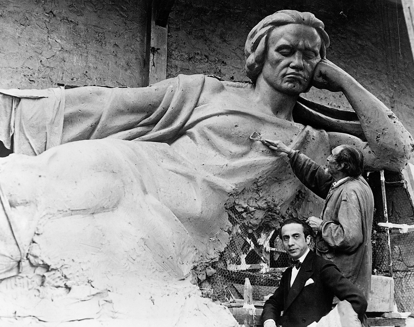 Jean-Marie Mengue working on his sculpture of Beethoven in the Bois de Vincennes, Paris, 1927