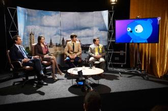 Tobias Menzies as Liam Monroe, Chloe Pirrie as Gwendolyn, Jack Monaghan as Robert, Louis Waymouth as Simon Finch, and Waldo voiced by Daniel Rigby, in