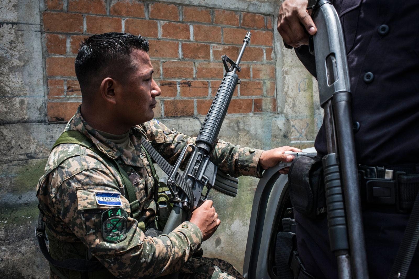 A soldier in San José Guayabal, El Salvador, August 21, 2016