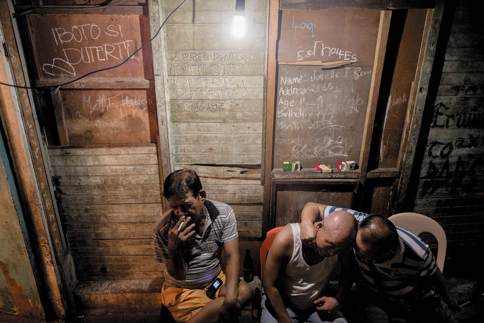 Murderous Manila: On the Night Shift | by James Fenton ...