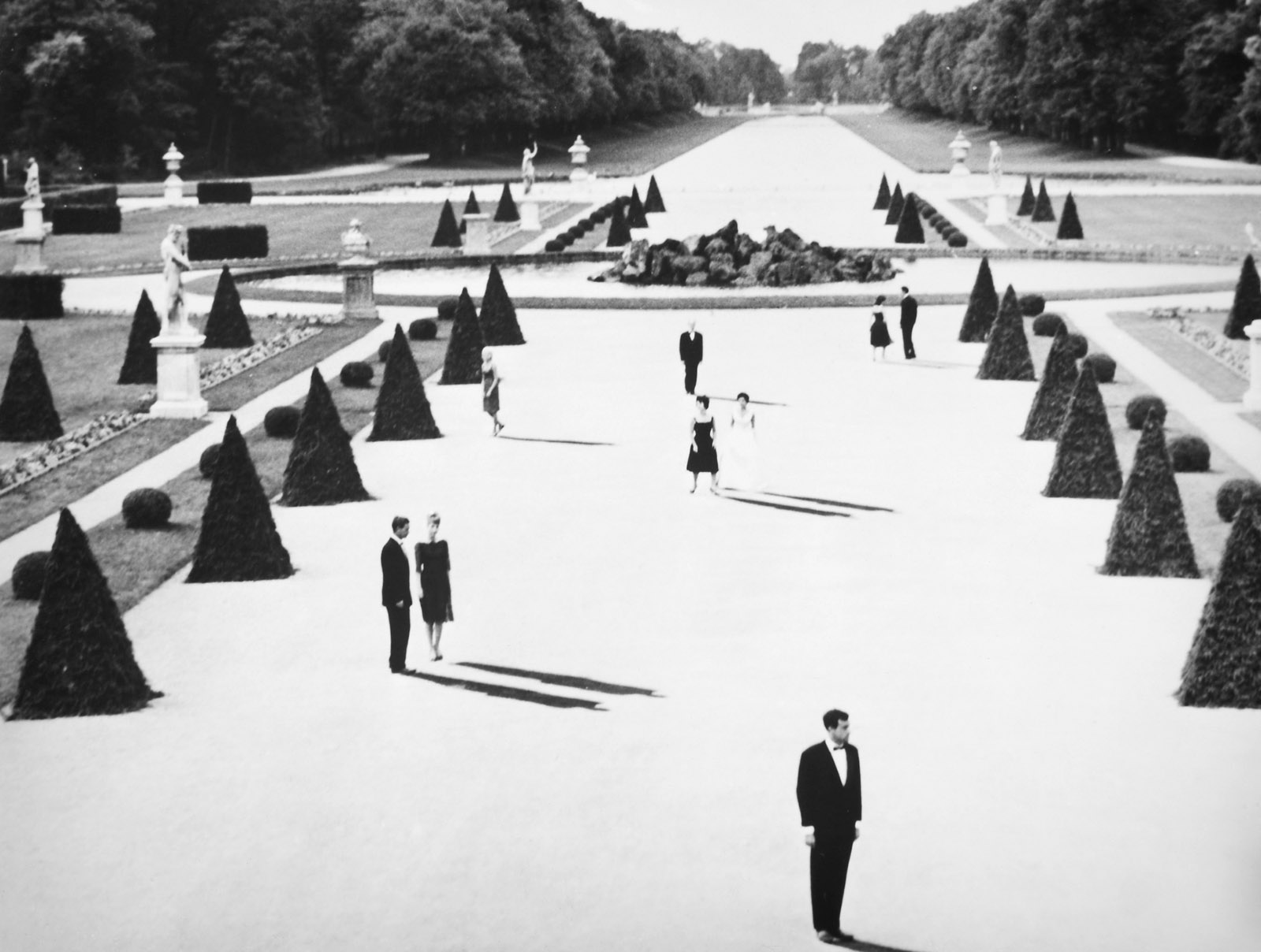A still from Alain Resnais's film Last Year at Marienbad, 1961