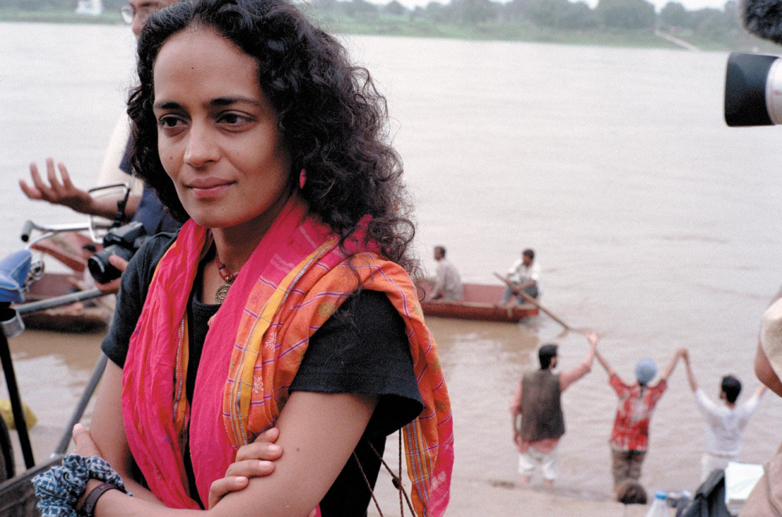 Arundhati Roy protesting the construction of the Sardar Sarovar Dam on the Narmada River, Gujarat, India, 1999