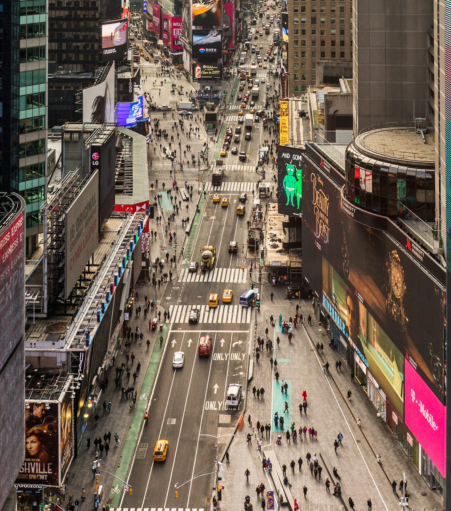 Times Square Reborn By Martin Filler Nyr Daily The