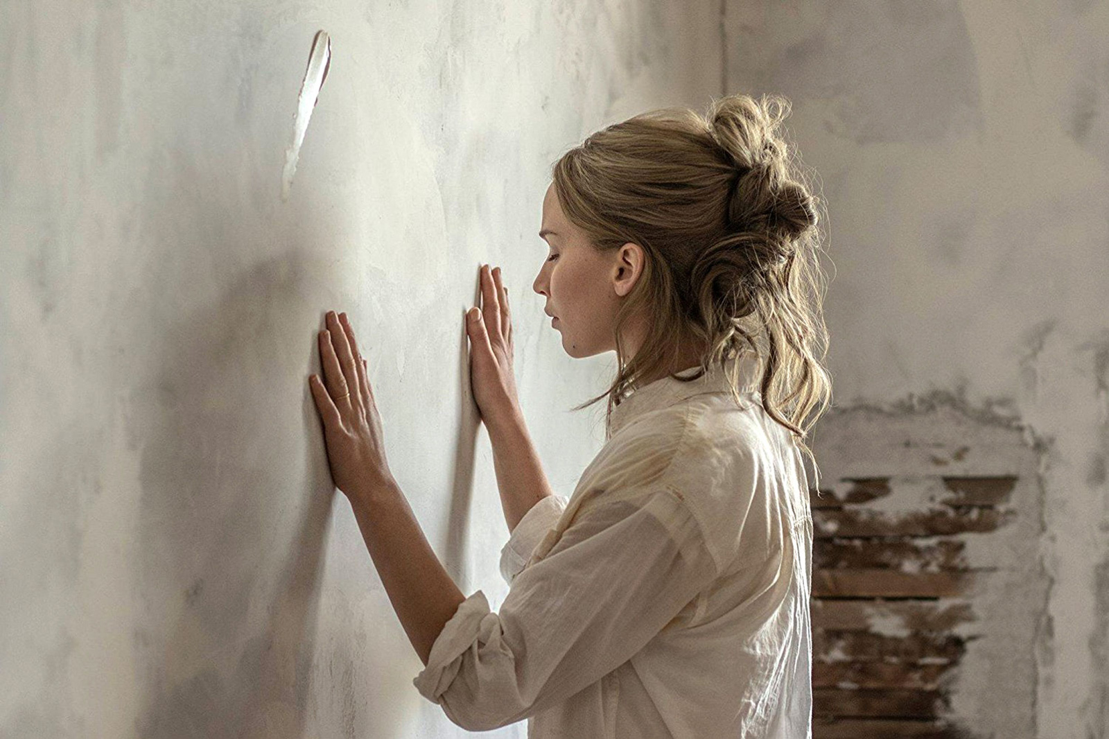Jennifer Lawrence in Darren Aronofsky's Mother!, 2017