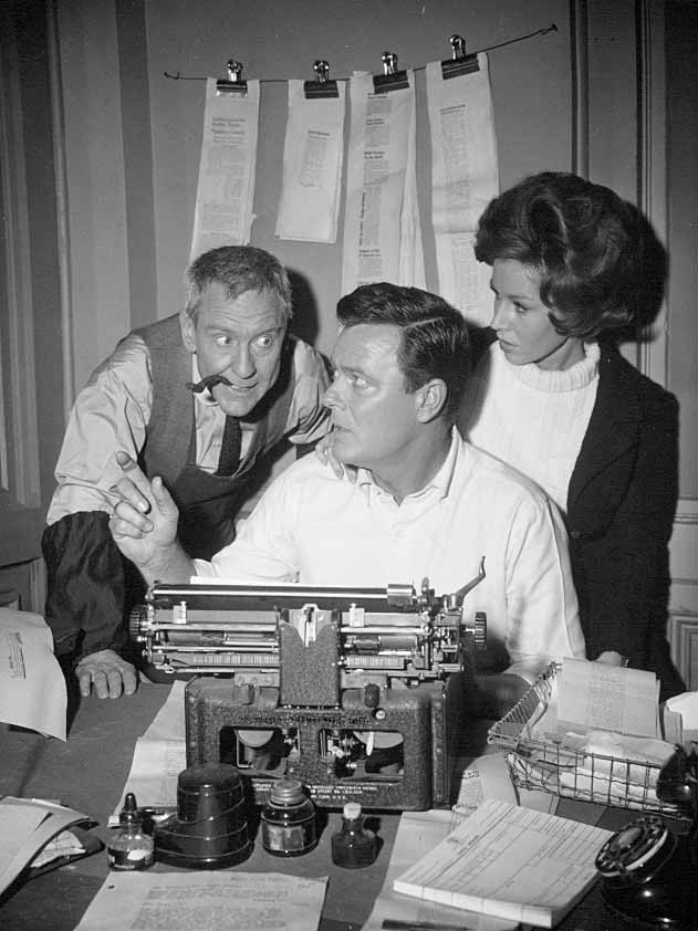Burgess Meredith, Robert Sterling, and Patricia Crowley in