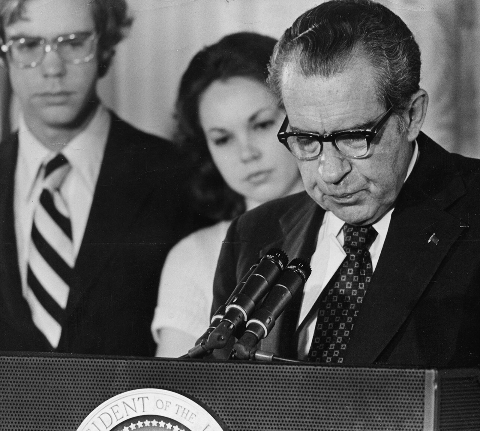 Flipboard Richard Nixon Tried To Invoke Executive: The New York Review Of