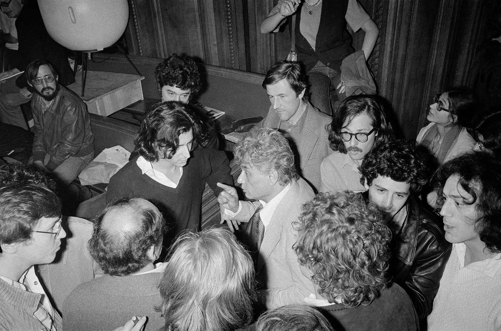 Jacques Derrida (center) and Bernard-Henri Lévi at the Sorbonne, 1979