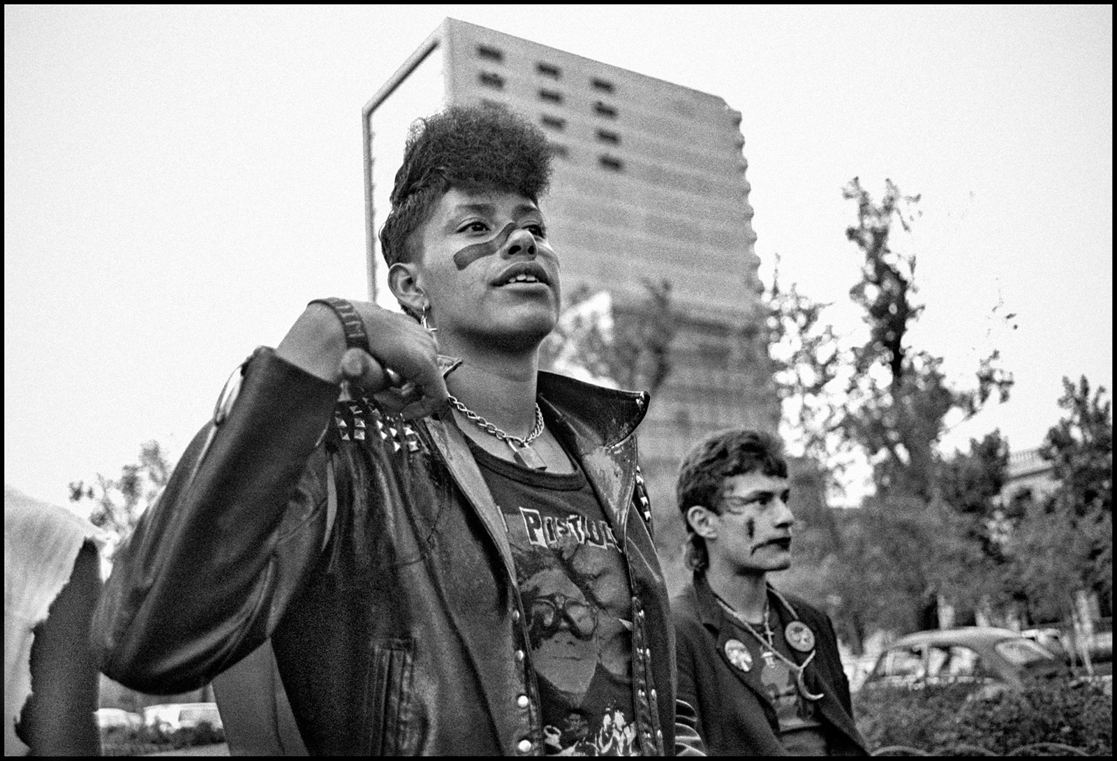 REV-El160.201_Marcha-Gay-1984