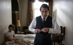 Ben Whishaw as Norman Scott and High Grant as Jeremy Thorpe in A Very English Scandal