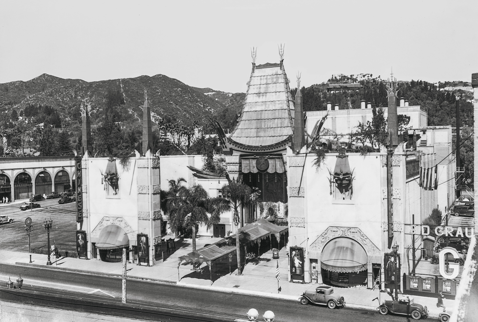ca-crazy-chinese-theater