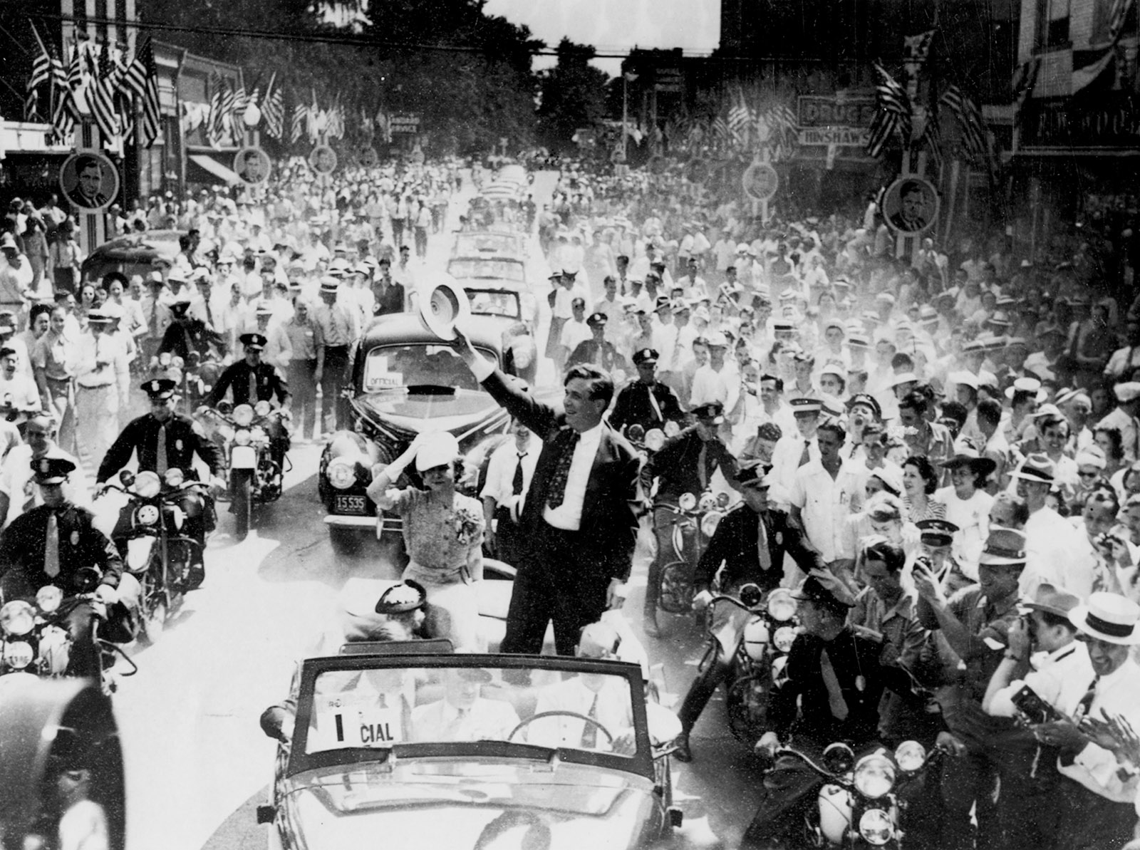 Wendell Willkie campaigning in his hometown of Elwood, Indiana, August 1940