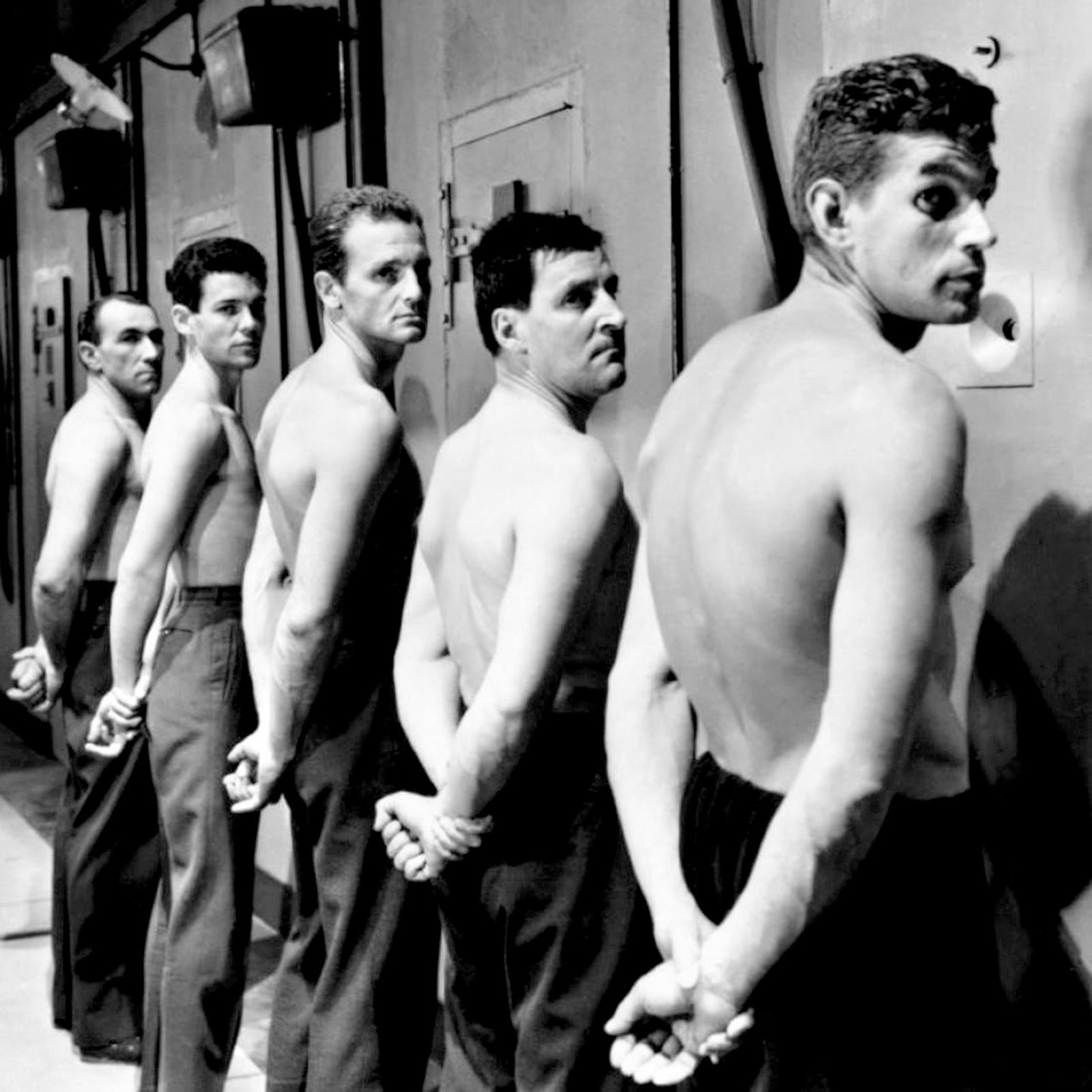 Jean Keraudy, Marc Michel, Philippe Leroy, Raymond Meunier, and Michel Constantin in Jacques Becker's Le Trou, 1960