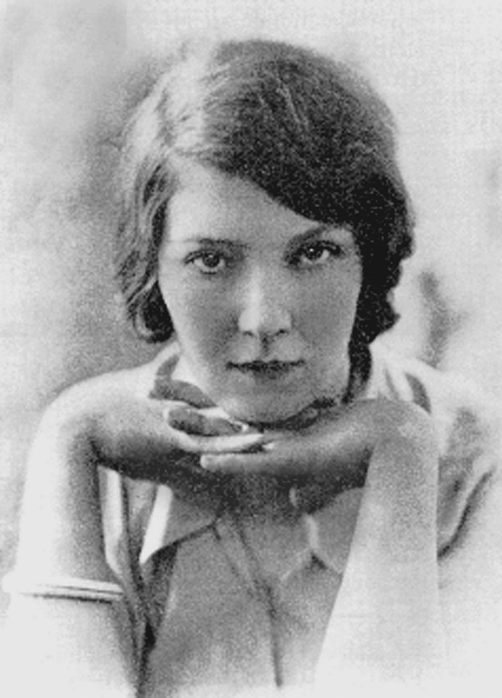Jean Rhys, circa 1921