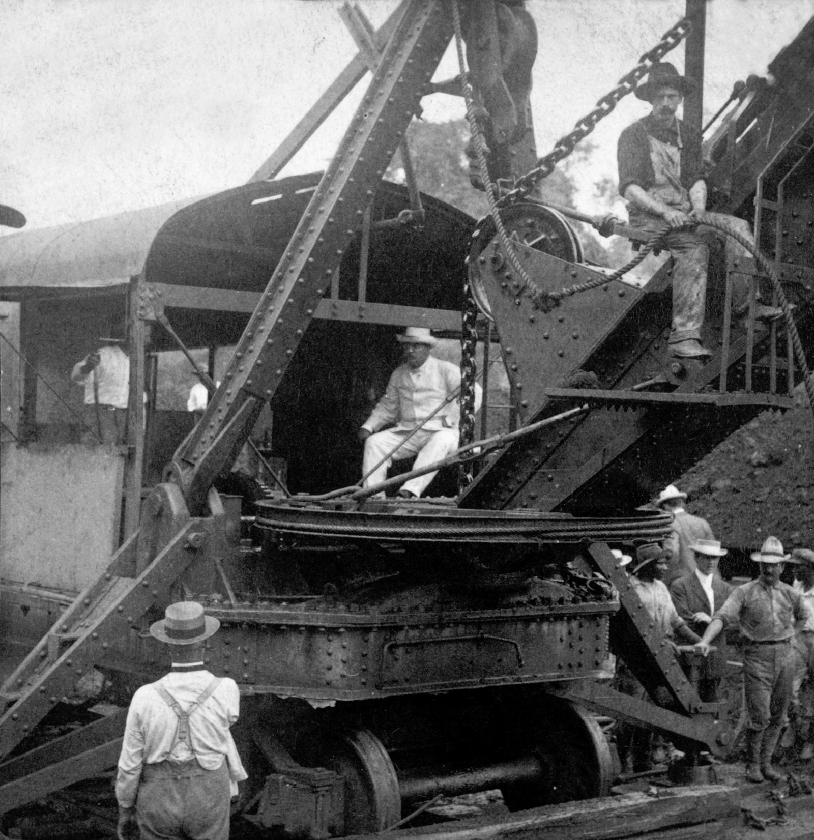 Theodore Roosevelt, center, during construction of the Panama Canal, 1906