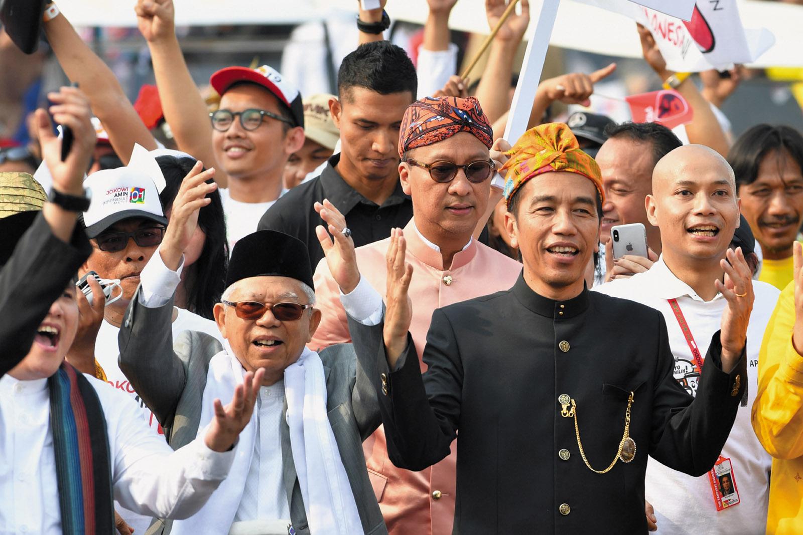 Joko Widodo and Ma'ruf Amin at a peace declaration, Jakarta, 2018
