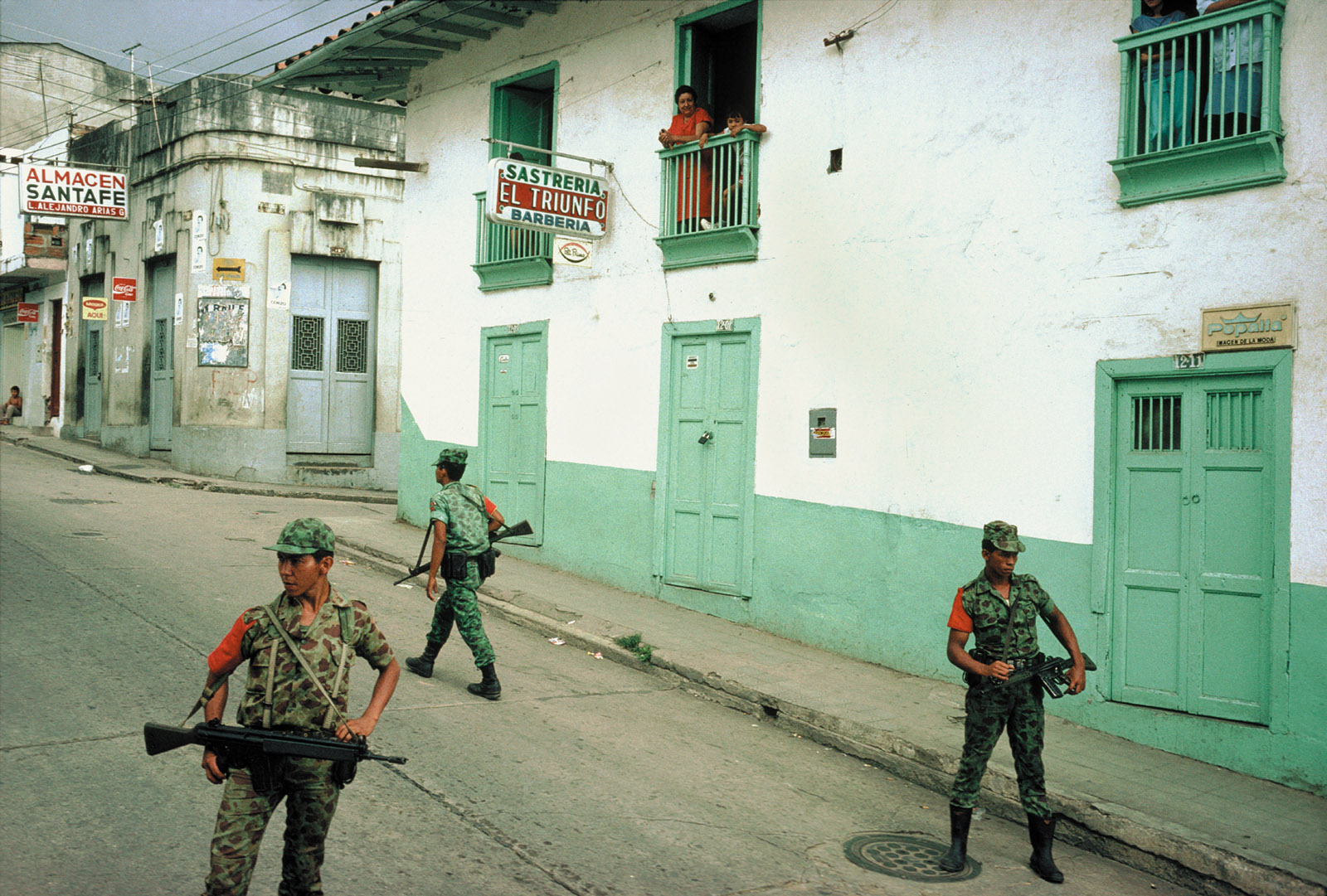 Government troops enforcing a daytime curfew, San Vicente de Chucurí, Colombia, 1988