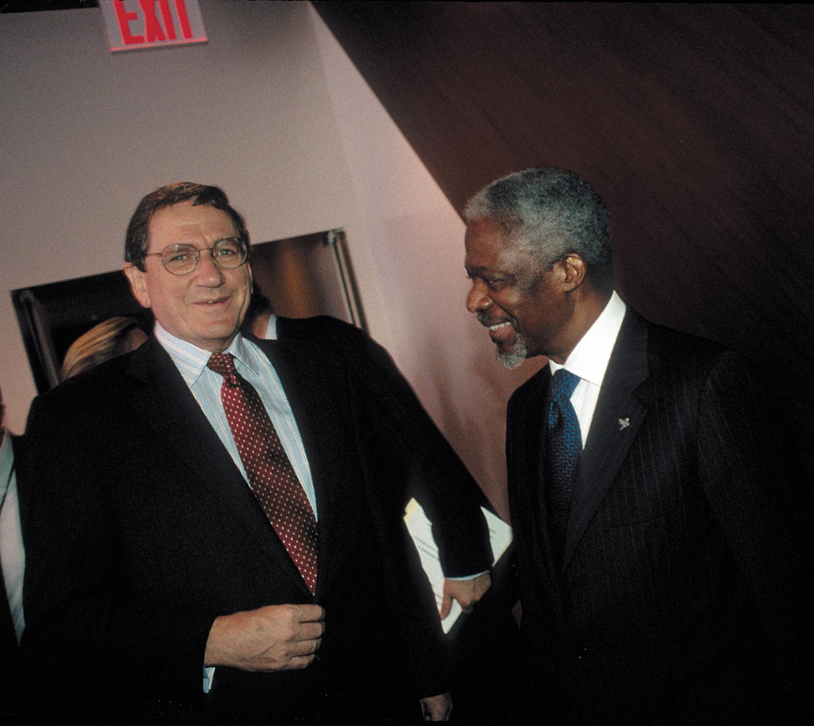 Richard Holbrooke and Kofi Annan at the United Nations, October 2000