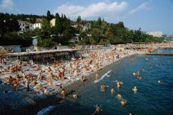 A Black Sea resort beach, 1982