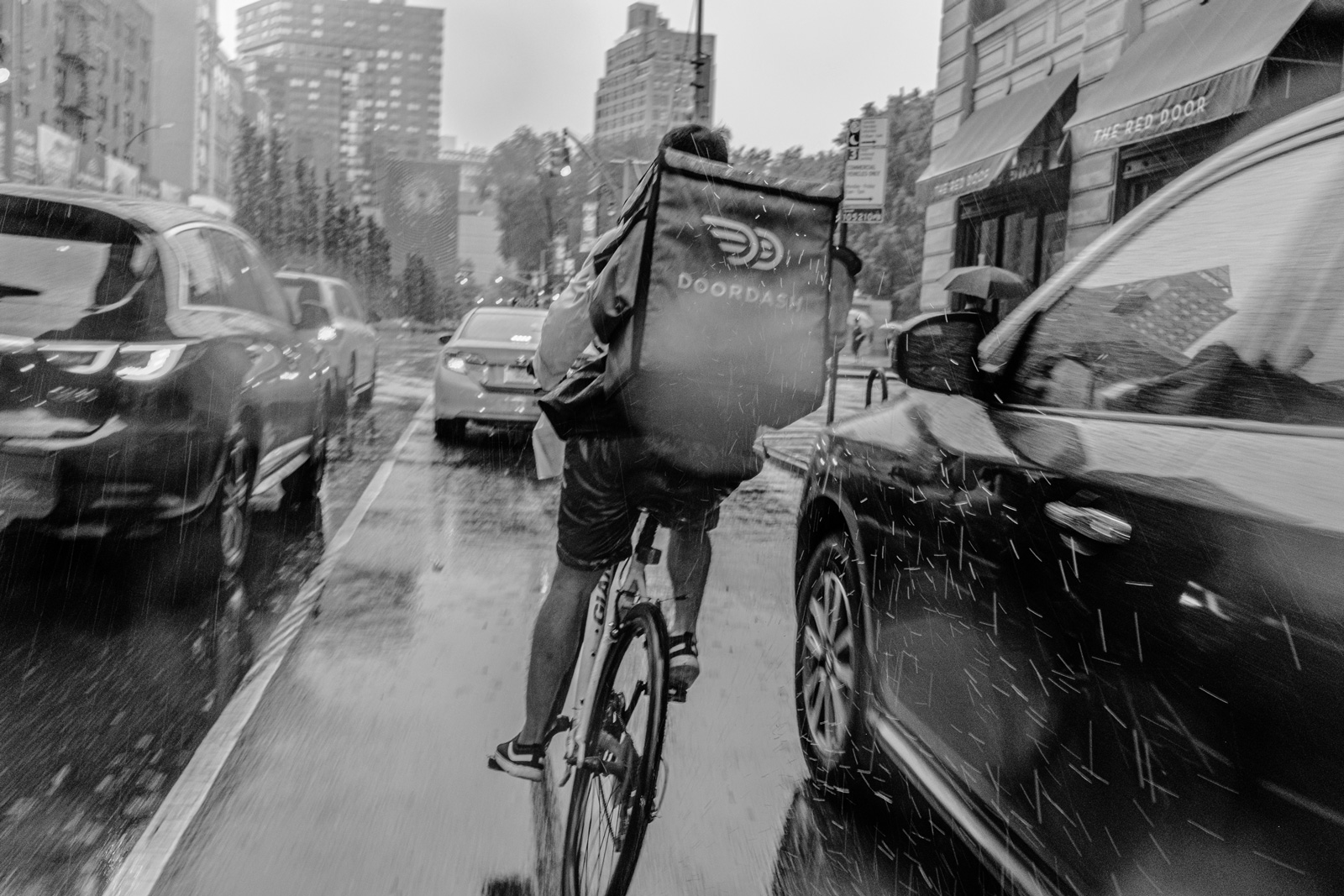 Diego Rodriguez, twenty-three, delivering a food order to a customer in Manhattan, September 2, 2019