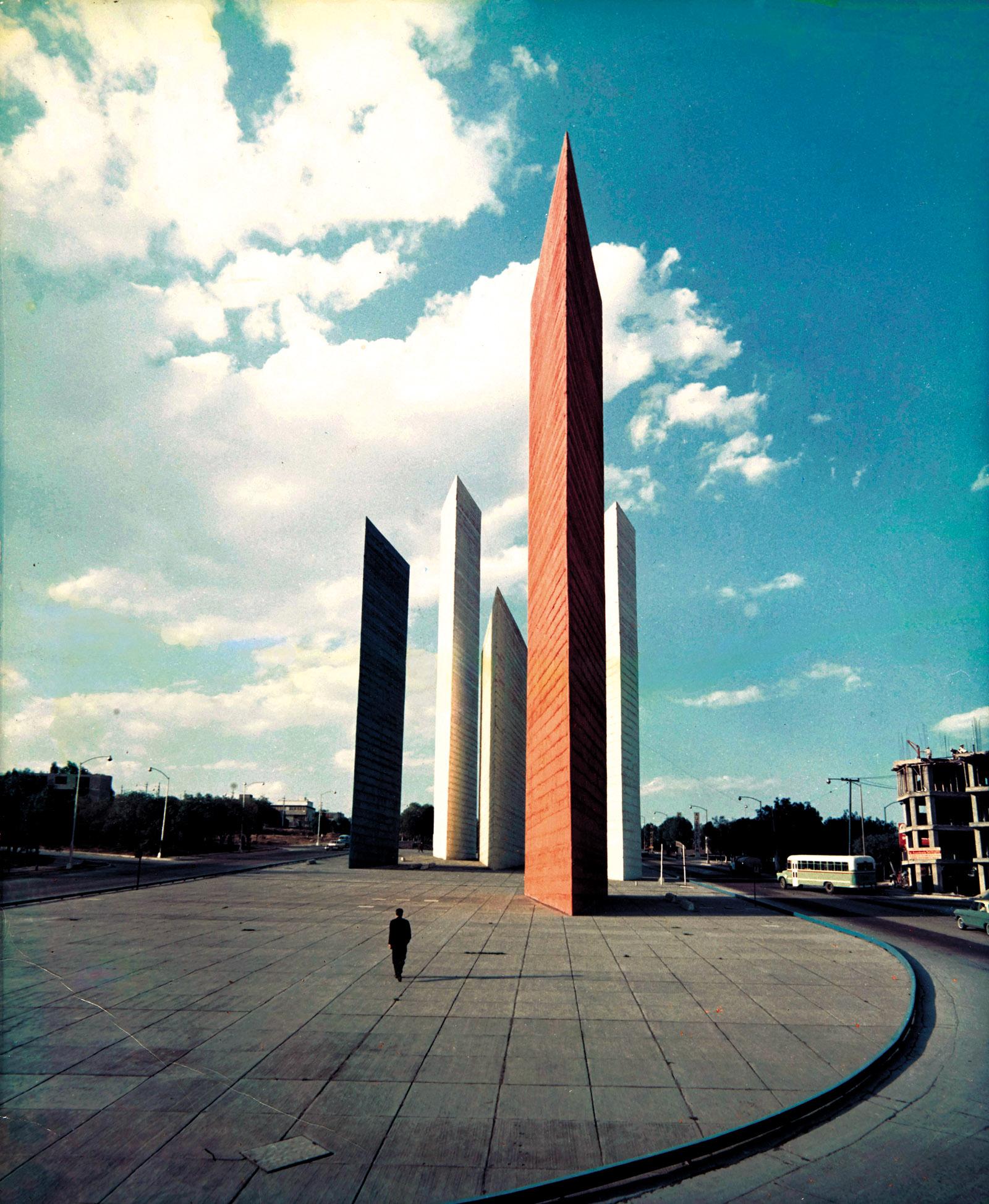 The Tower of Satellite City, designed by Mathias Goertiz and Luis Barragán, Naucalpan de Juárez, Mexico, 1957; photograph by Hans Namuth, circa 1964