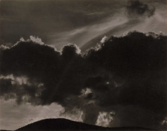 Alfred Stieglitz: Songs of the Sky, 1924