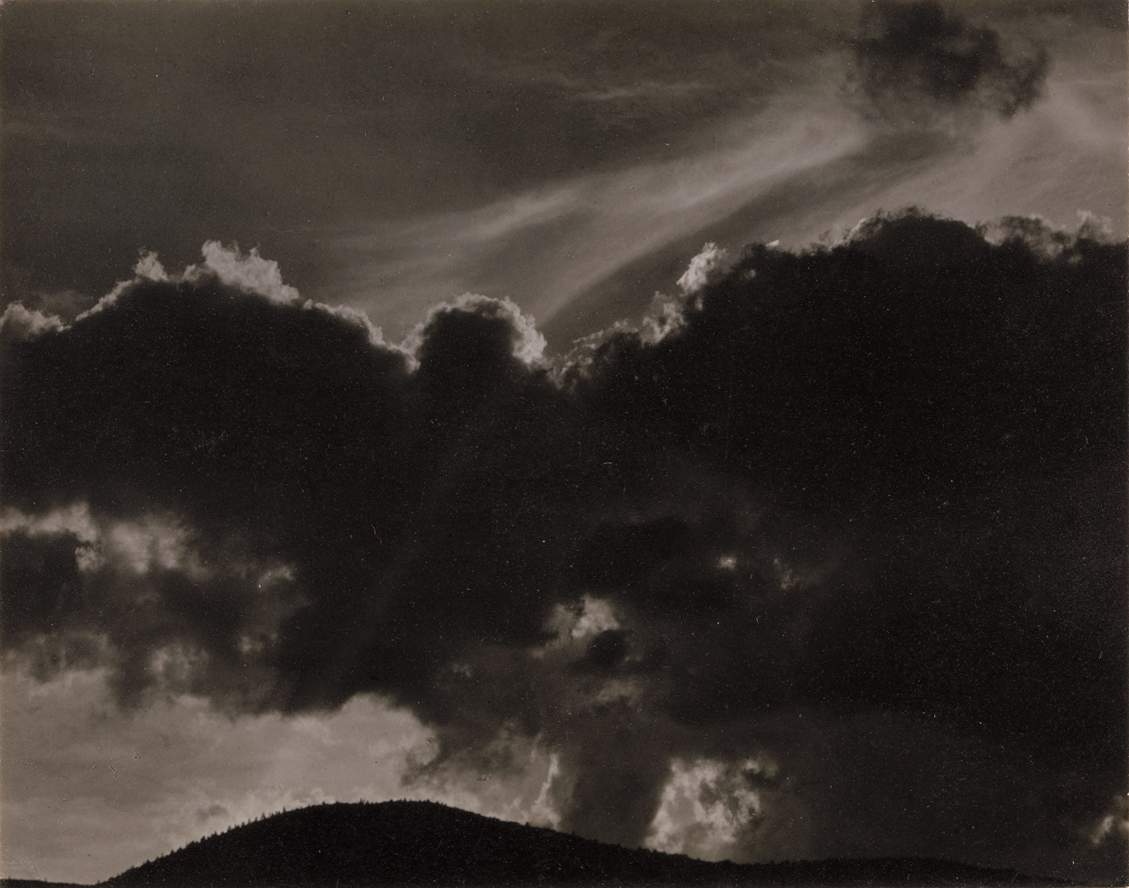 Songs of the Sky, 1924, photograph by Alfred Stieglitz