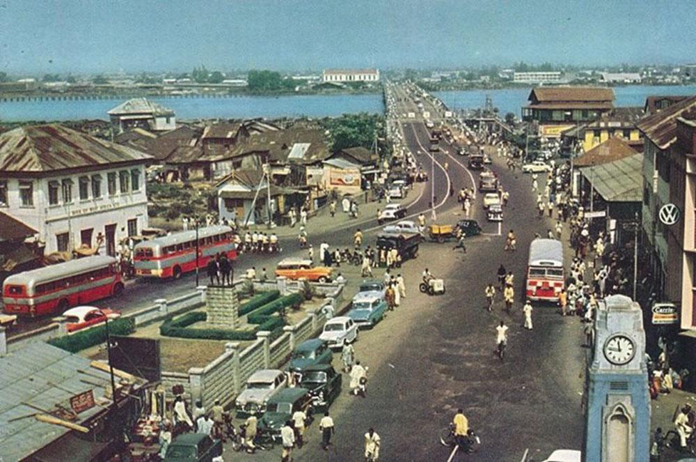 Carter bridge street scene, Lagos, Nigeria, 1950s