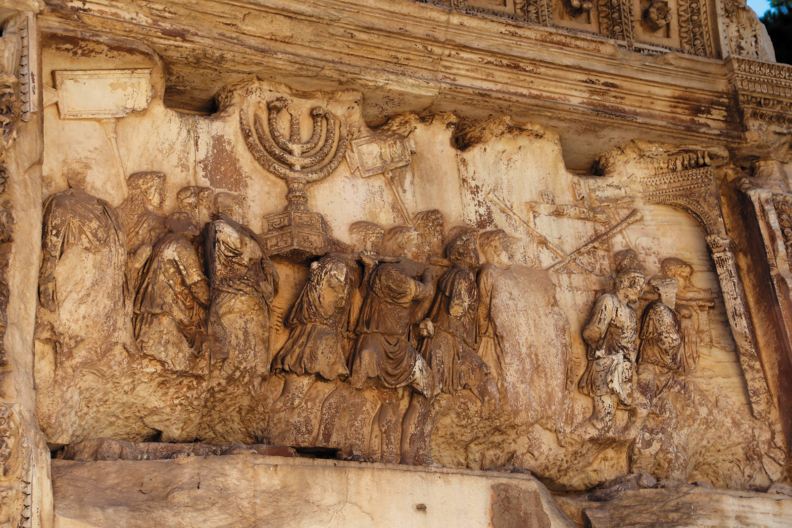A bas-relief depicting the sack of Jerusalem on the Arch of Titus in the Roman Forum