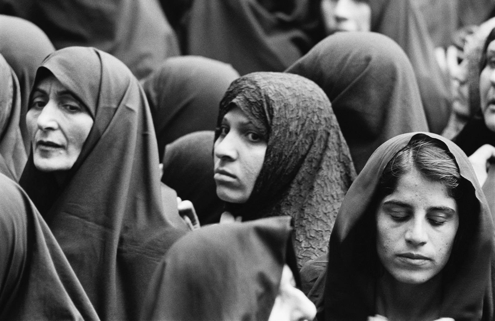 Iranian women during the Islamic Revolution, 1979