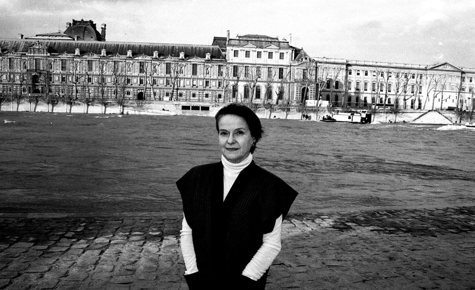 Diane Johnson next to the Seine, Paris