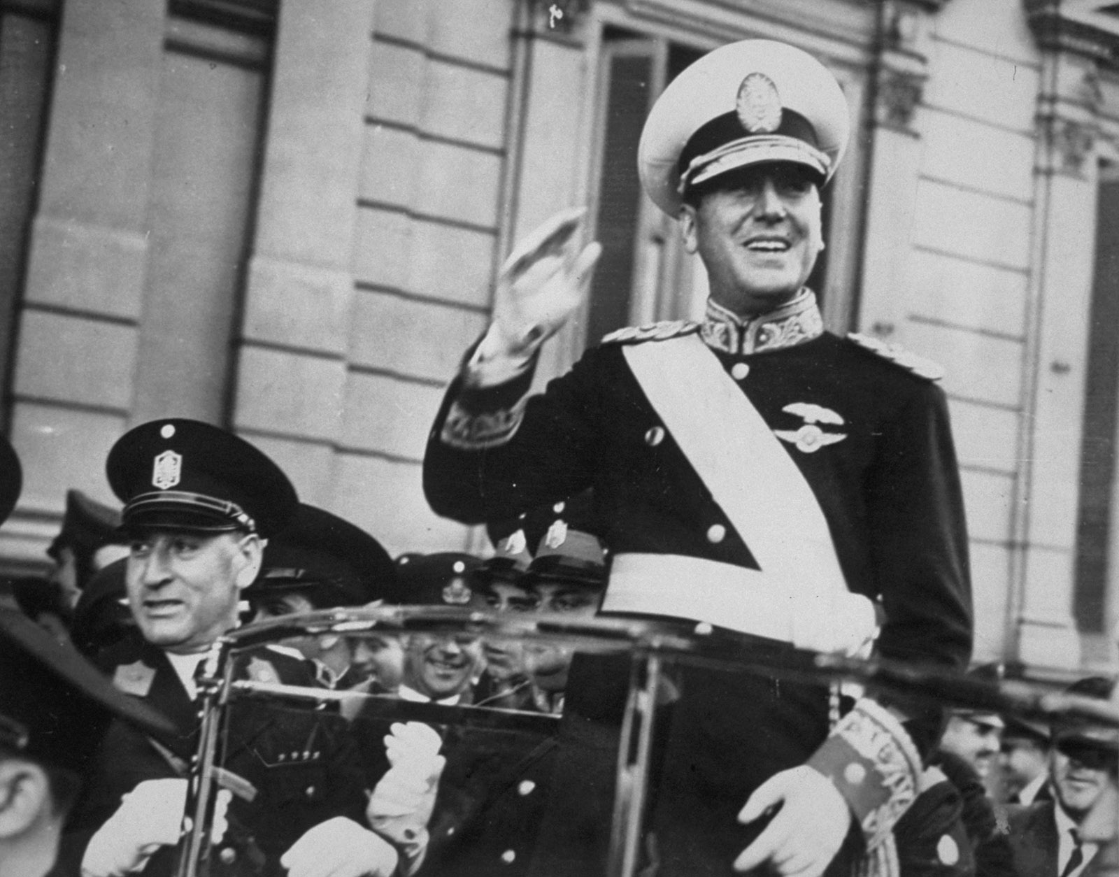 Juan Domingo Perón on the way to his inauguration as president of Argentina