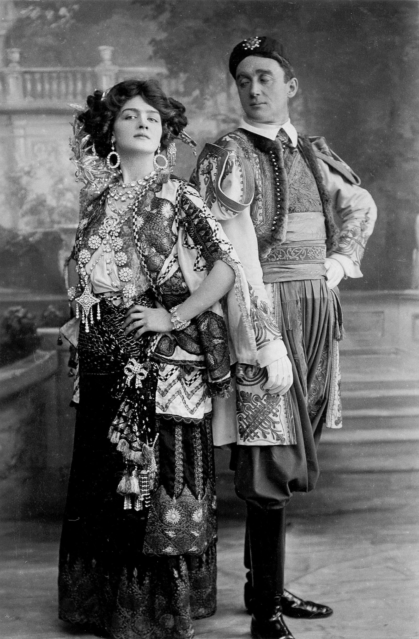 Lily Elsie and Joseph Coyne in the first London production of Franz Lehár's The Merry Widow
